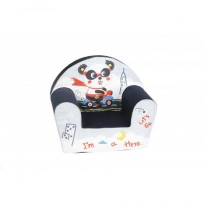 """Juodas vaikiškas fotelis - """"Vairuojanti panda"""""""