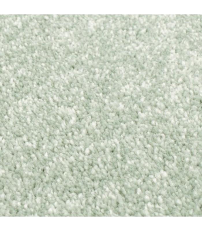 Šviesiai žalias kilimas (keli dydžiai)