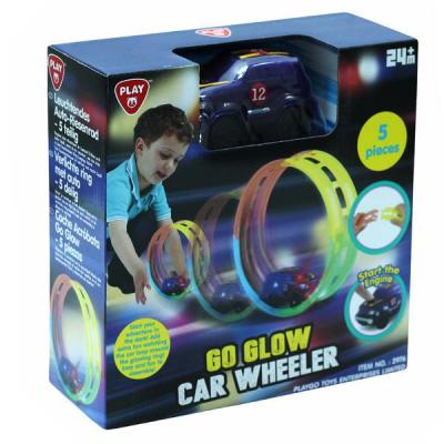PLAYGO šviečianti kilpa su mašinėle GO GLOW CAR WHEELER,  5 dalių, 2976